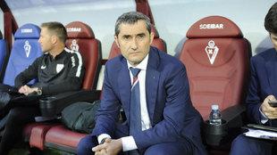 Ernesto Valverde durante un partido con el Athletic