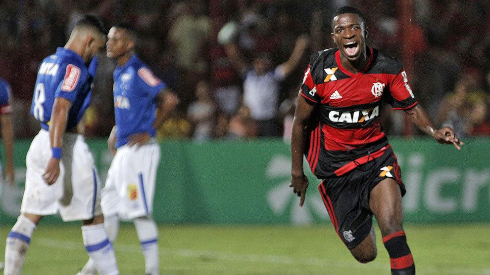 Vinicius celebra un gol ante el Cruzeiro en la Copa Sao Paulo 2017