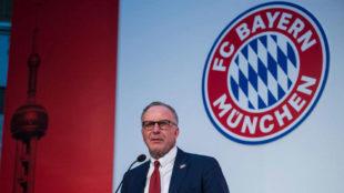 Rummenigge inaugurando la primera oficina del Bayern en Shanghai