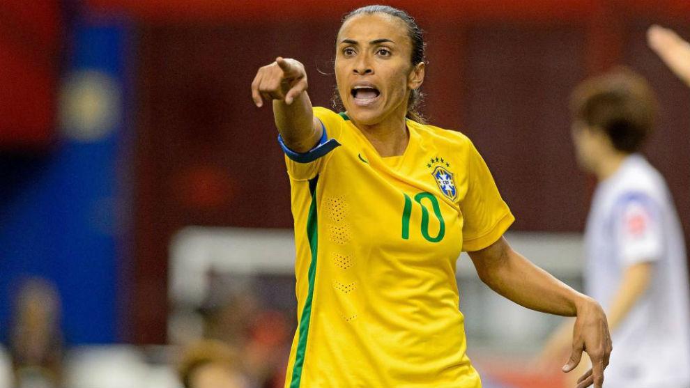 3edadde58b4cd Fútbol Femenino  La Brasil de Marta convoca a 20 jugadoras para ...