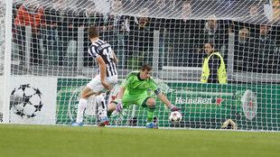 Llorente marca gol al Real Madrid en Champions League