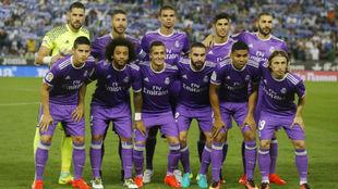 La plantilla del Madrid con la segunda equipación este curso
