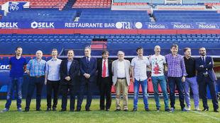 Tatno Arregui, presidente; Imanol Arregui, entrenador; Javi Eseverri,...