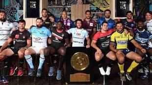 Los capitanes de los catorce equipos en la presentación del Top 14 al...