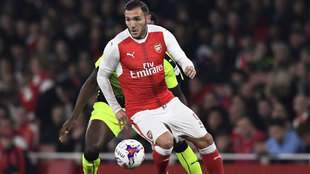 Lucas Pérez durante un partido con el Arsenal.