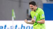 Mario Gómez celebra su gol.