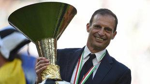 Allegri, con el título de campeón de la Serie A