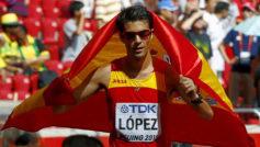 Miguel Ángel López tras proclamarse campeón del mundo en Pekín...