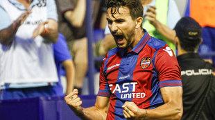 Juan Muñoz celebra un gol.