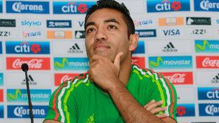 Marco Fabián, durante un conferencia de prensa con la Selección...