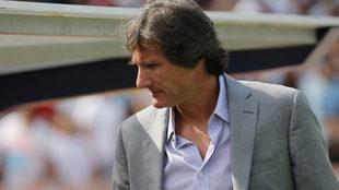 Caballero, dirigiendo a Dorados en el Clausura 2017.
