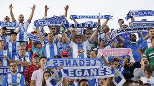 Aficionados del Leganés durante el último partido de Liga