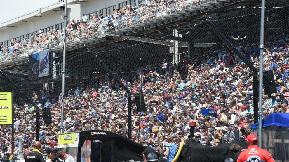 Público asistente durante los días previos a la Indy 500
