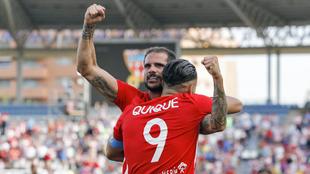 Quique, autor de dos goles vitales para el Almería.
