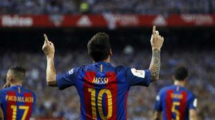 Messi celebra el gol contra el Alavés