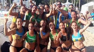 El BM Playa Algeciras celebra el triunfo en las ETB Finals 2017