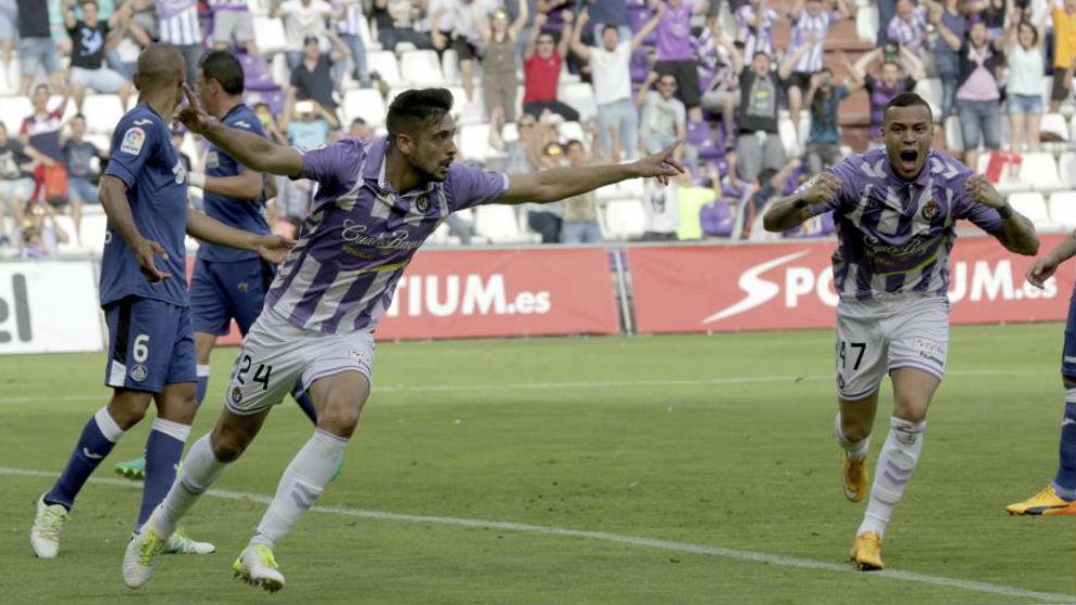 Álex Pérez celebra un gol ante el Getafe.