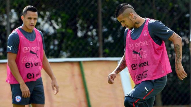 Vidal y Alexis Sánchez, con Chile.