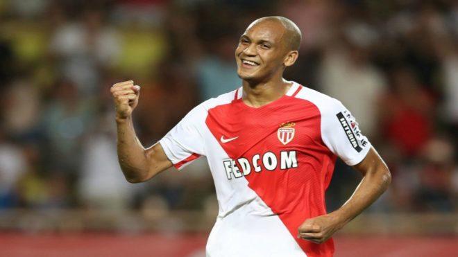 Fabinho celebra un gol con el Mónaco