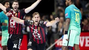 Luka Cindric celebra el tanto de la victoria ante el Barça en las...
