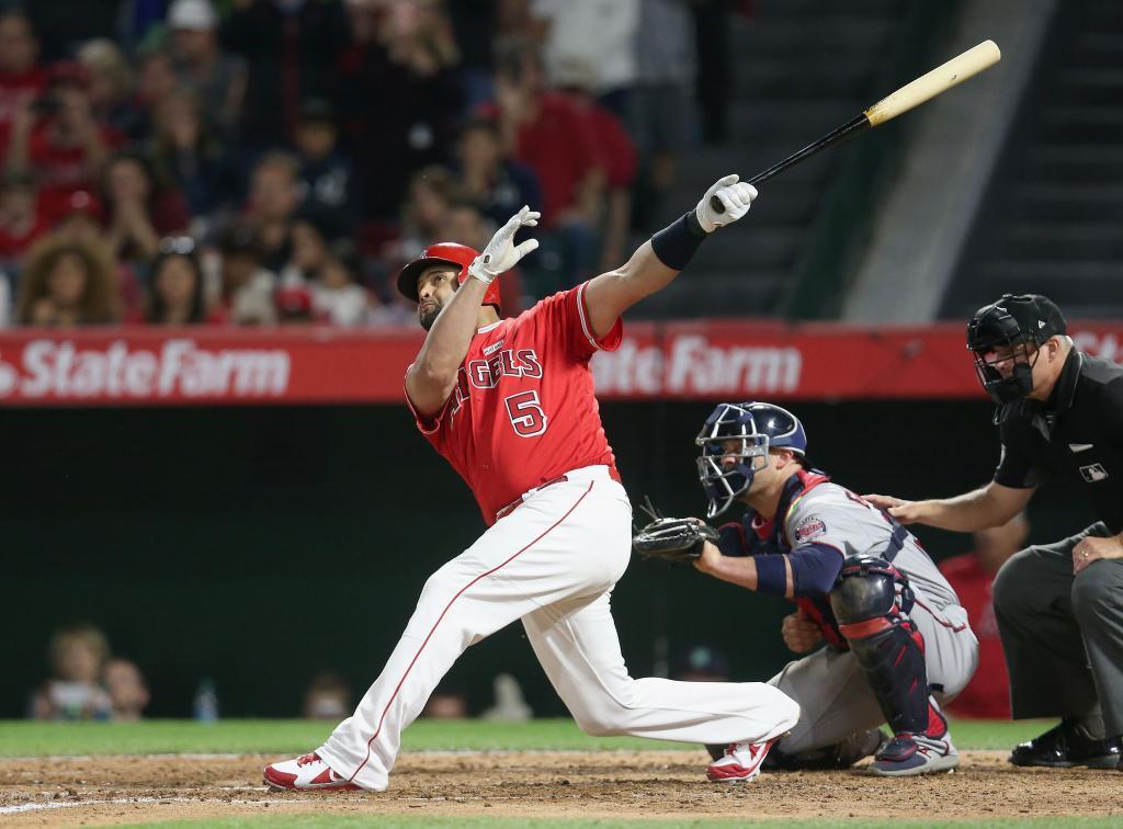 Albert Pujols (Beisbol): 27.3 millones de dólares