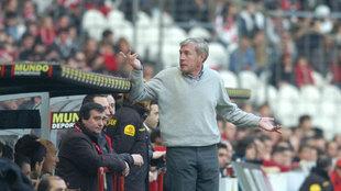 Luis Fern�ndez en su etapa como entrenador del Athletic