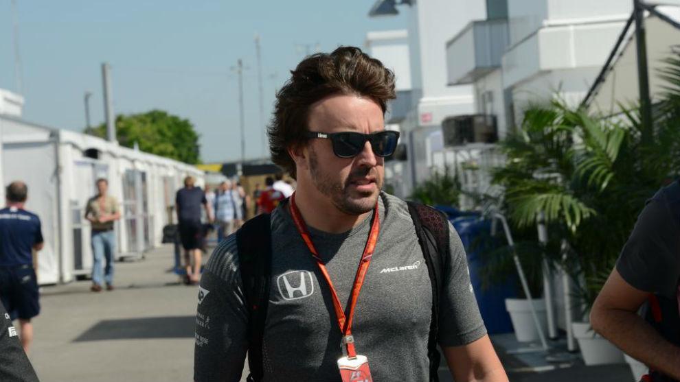 Fernando Alonso, entrando en el circuito Gilles Villeneuve hoy jueves