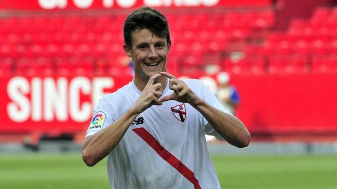 Marc Gual celebra un gol con el Sevilla Atlético.