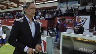 Pablo Alfaro, durante un reciente partido del Mirandés en Anduva