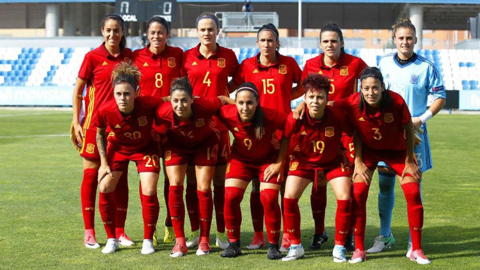 Once inicial de España ante Brasil en un amistoso disputado en...
