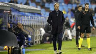 Natxo González dirige al Reus en La Romareda.