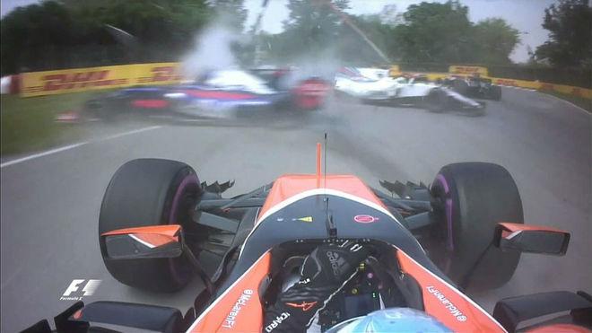 El accidente de Sainz y Massa, visto desde el coche de Fernando...