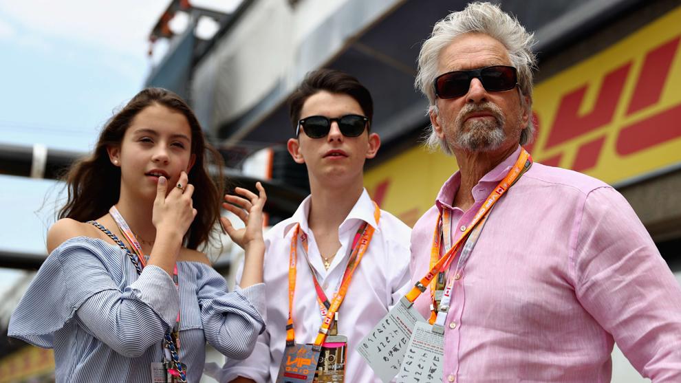 El actor Michael Douglas en el circuito Gilles Villeneuve  durante el...