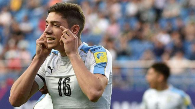 Valverde celebra un tanto con Uruguay en el Mundial sub 20