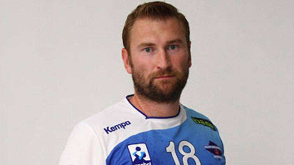 El pivote ruso Chernov con la camiseta del Benidorm