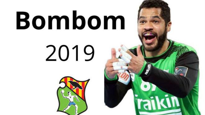 Cartel de presentación del fichaje de 'Bombom' Almeida