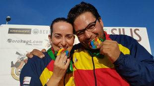 F�tima G�lvez y Alberto Fern�ndez con el oro en foso ol�mpico...
