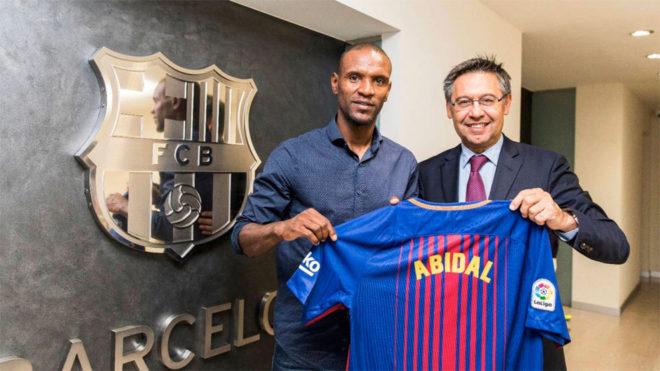 El Barcelona contrató a Abidal como embajador deportivo
