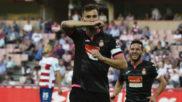 Baptistao celebra un gol en Los C�rmenes.