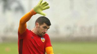 Ryan durante un entrenamiento con el Valencia.