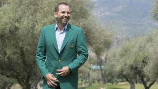Sergio García posa para MARCA con la chaqueta verde en el Club de...