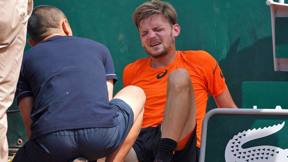 Goffin, cuando se lesionó en Roland Garros