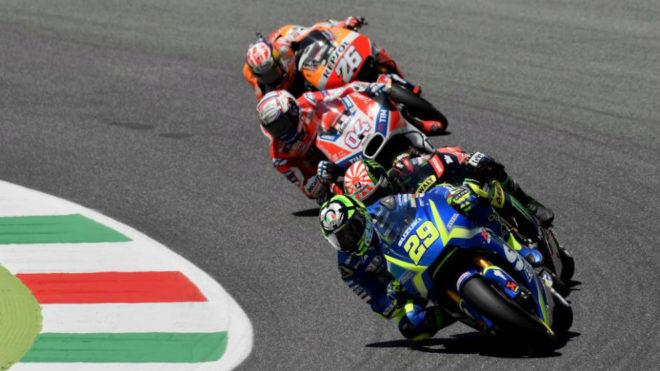 Iannone, delante de Dovizioso y Pedrosa.
