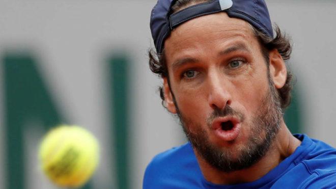 Feliciano López durante un partido en Roland Garros.