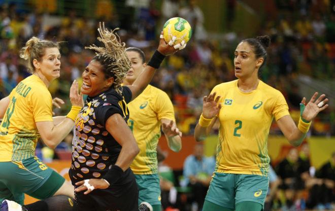 Marta Mangué, ante Brasil en los pasados Juegos de Río.