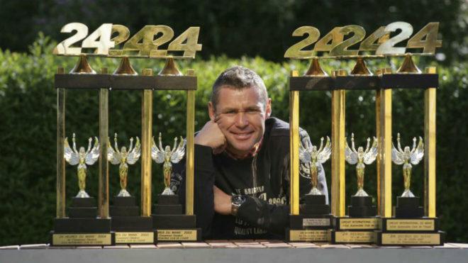 Kristensen, con sus trofeos de las 24 Horas de Le Mans.