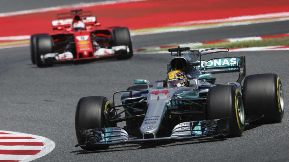 Hamilton, por delante de Vettel en Montmeló