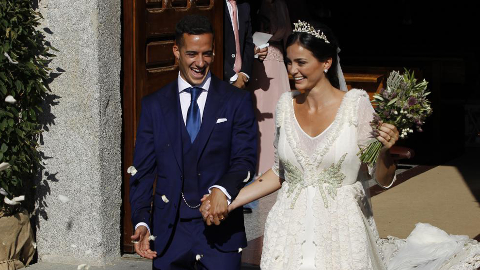 Sao Real thứ tư tổ chức cưới linh đình