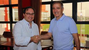 Paco Herrera, en su presentación con el Sporting