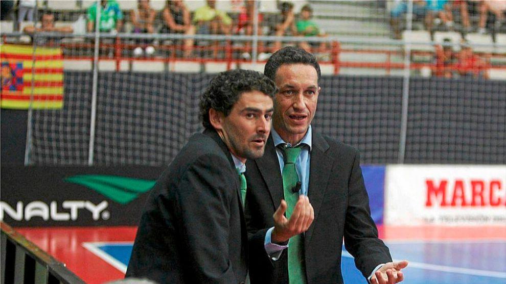 David Marín, a la derecha, junto a Daniel Ibañes durante su etapa...